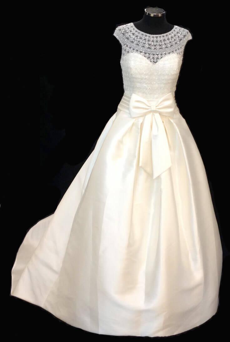 Pin Weisses Kleid Asos1 Heiraten Im Kleid Von Der Stange Geht Das on ...