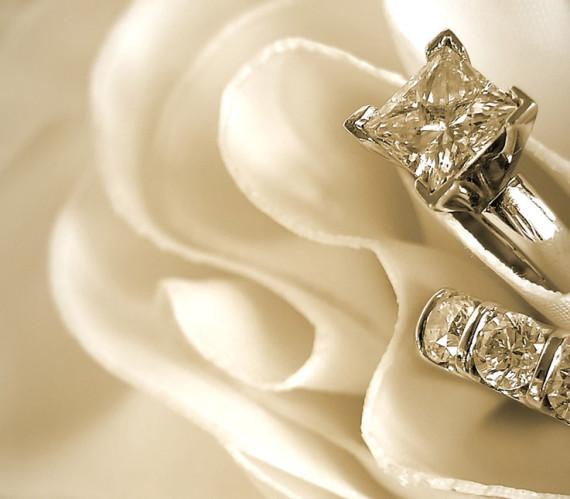 Ehering und Brautschmuck